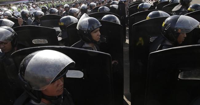 Despite arrests, Indonesia says terror attack threat remains