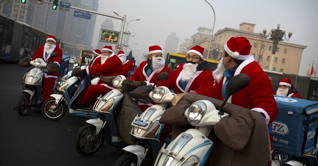 Image of Asia: Santa delivers in Beijing