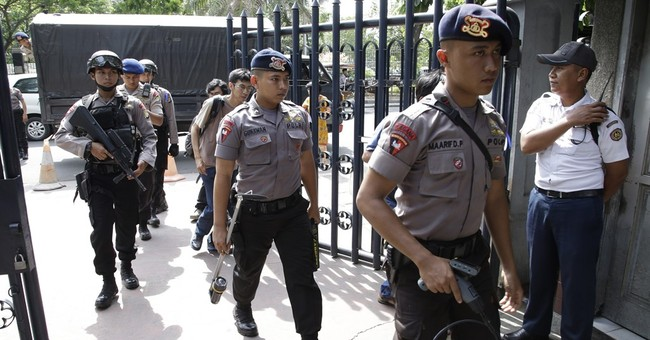 Indonesian police arrest 2 more suspected militants