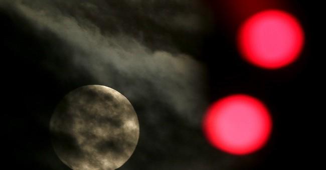 Merry Moon: Rare full moon on Christmas Day