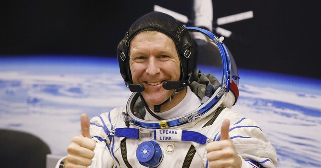 Oops: UK astronaut Tim Peake calls wrong number from space