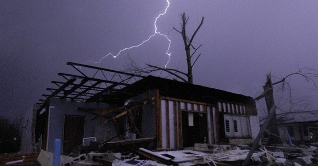 Alabama tornado adds to Christmas storm woes