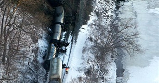 Ethanol from derailed train leaking into Mississippi River