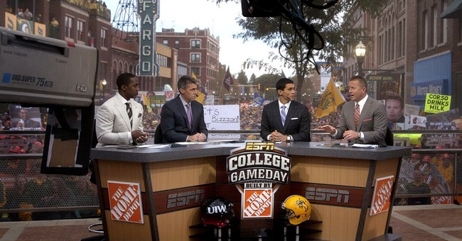 Rece Davis taking over as host of ESPN's 'College GameDay'