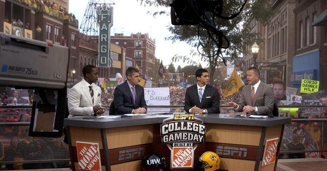 Rece Davis taking over as host of ESPN's 'College GameDay'