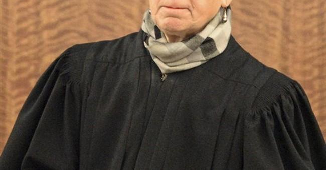 Hernandez prosecutor cites OJ Simpson case in judge request