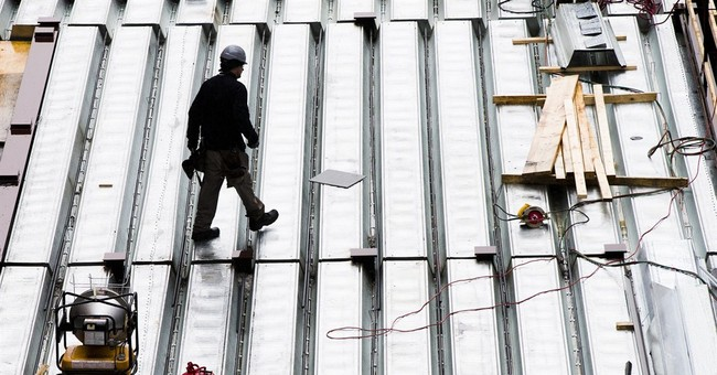 US productivity falls at 1.8 percent rate in fourth quarter