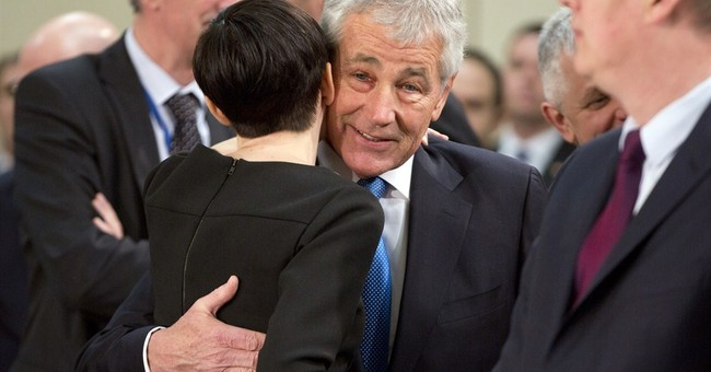 Hagel concerned about possible split in NATO