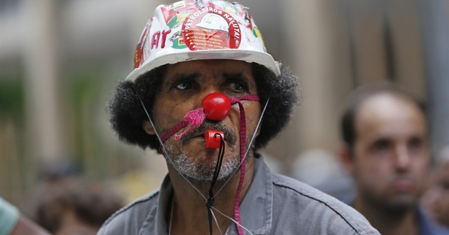Warrants issued in Brazil's Petrobras corruption scandal