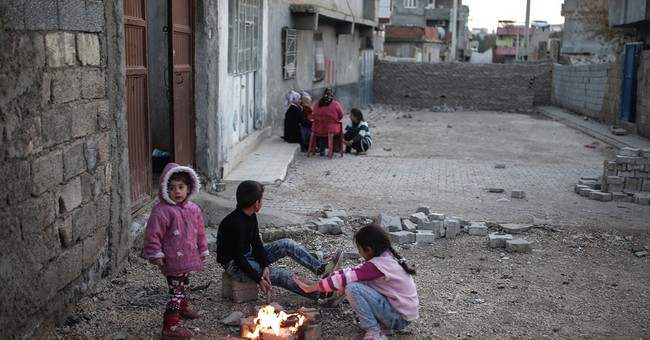 Turkish civilians stuck in urban war zone in southeast