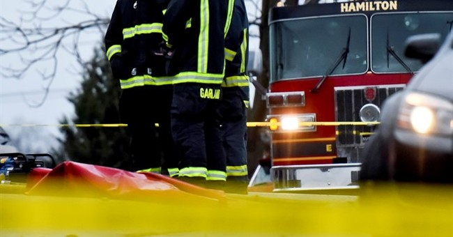 Ohio firefighter dies after fall through floor during blaze