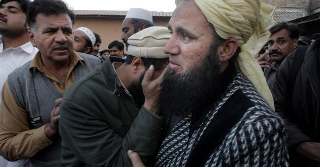 Suicide bombing kills 26, wounds 45 in northwestern Pakistan