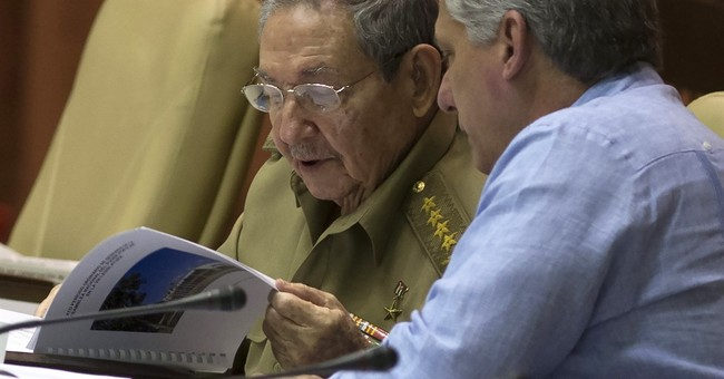 Raul Castro prepares Cuba for tough year despite US opening
