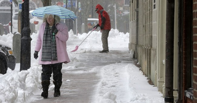 Northeast gets snow, ice during its 1st winter storm