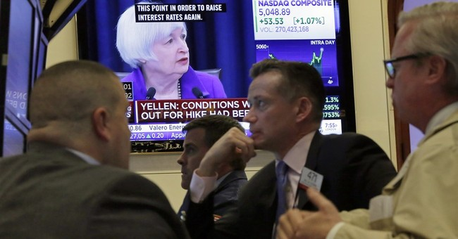 US stocks end 2015 mostly flat, capping volatile year