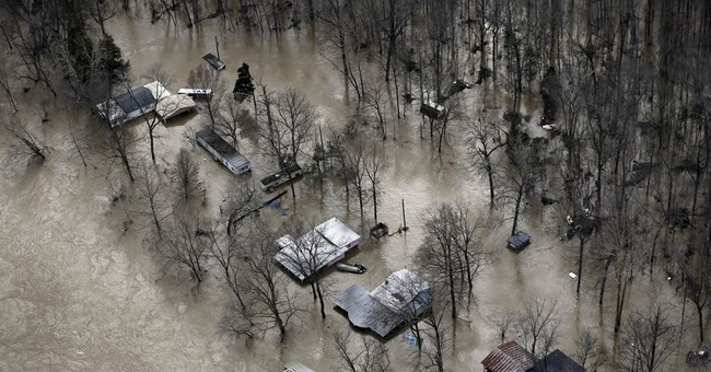 Flooding forcing evacuations, traffic troubles in Missouri