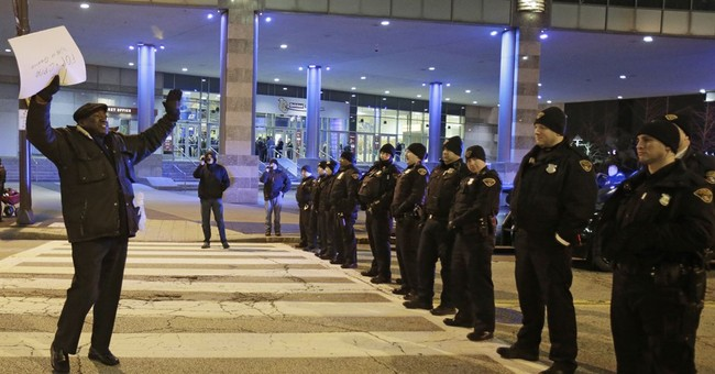 Cleveland balancing safety, rights of Tamir Rice protesters