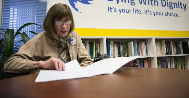 Canada court rules doctors can help ill patients die