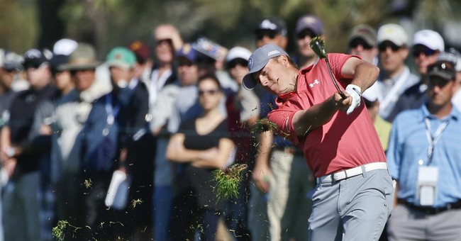 English takes the lead at Torrey Pines as big names depart