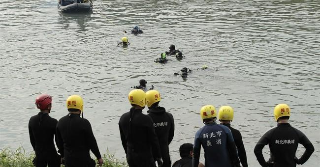 TransAsia pilots undergo proficiency tests following crash