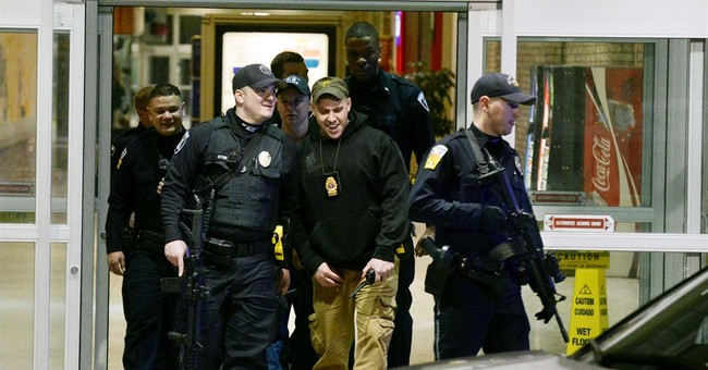 Police: Mall shooting targeted 1 of 3 victims; gunman sought