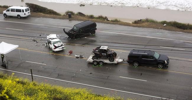 Bruce Jenner involved in fatal Malibu crash; star is unhurt