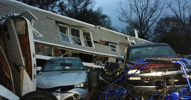 Official: 2 hurt when tornado hits rural Georgia