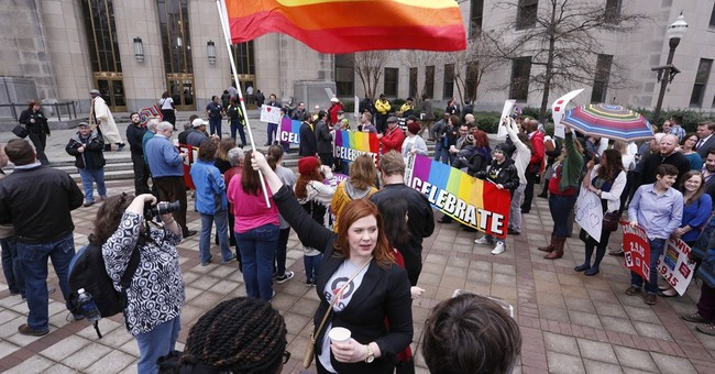 Justice Thomas objects to court's signal on gay marriage