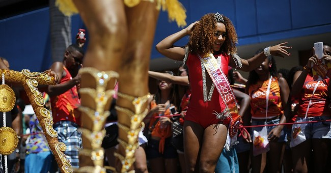 Brazil promotes safe sex at Carnival, handing out condoms