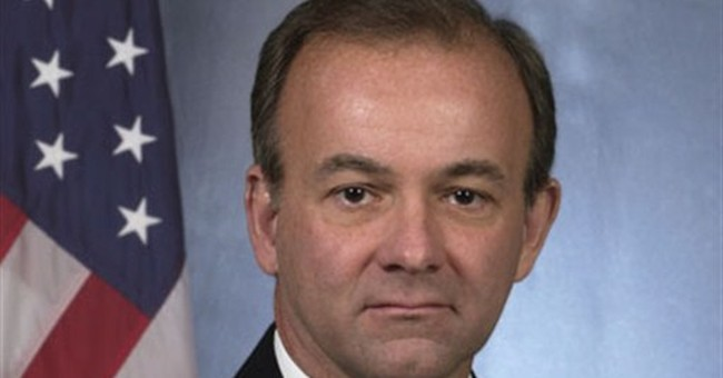 No. 2 official in Secret Service loses job in agency shakeup