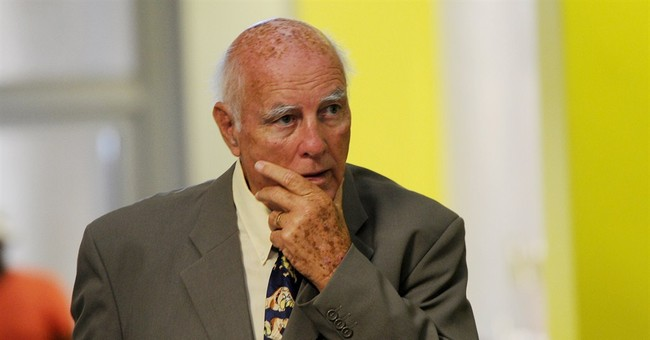 Bob Hewitt testifies at his rape trial, denies charges