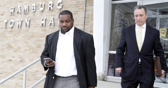Buffalo Bills' Dareus to stand trial for alleged car race