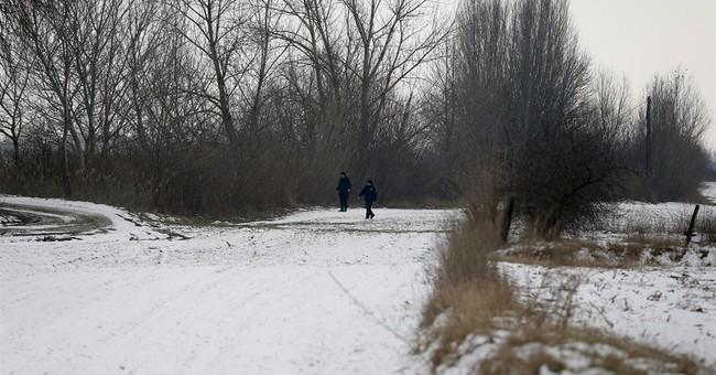 Serbia tries to stop massive migrant exodus to EU