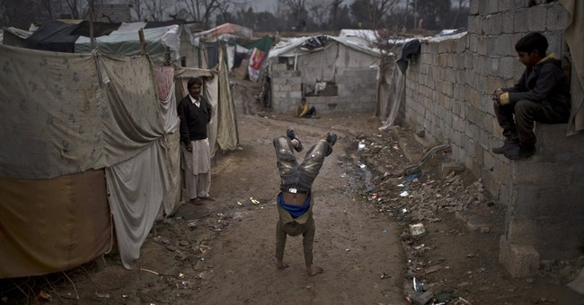 AP PHOTOS: Christians in Pakistan slum amid blasphemy cases
