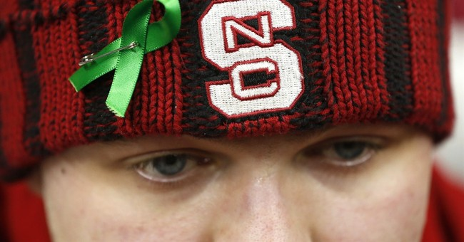 Shooting victims among 5 honored before Virginia-NC State
