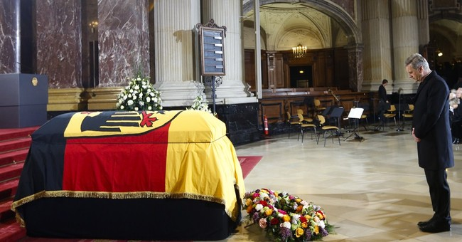 Germany holds state funeral for ex-President Weizsaecker
