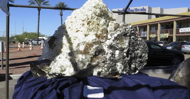 Gem, mineral show brings international community to Tucson