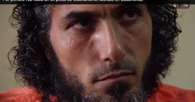 Former Guantanamo detainee in Argentina, calls for asylum