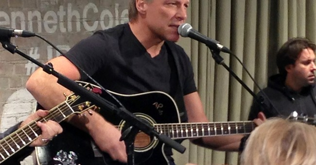 Bon Jovi performs intimate set in Kenneth Cole store