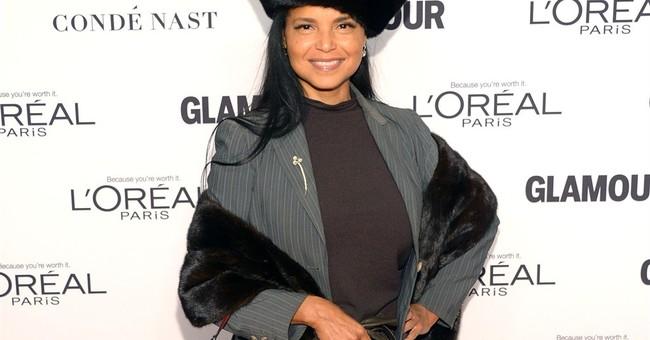 Black ex-soap opera star sues CBS with retaliation charge