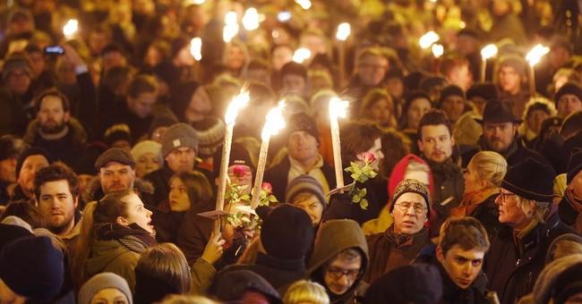 Danish intelligence: No sign gunman was planning attacks