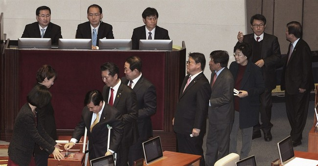 South Korean lawmakers approve new premier despite questions