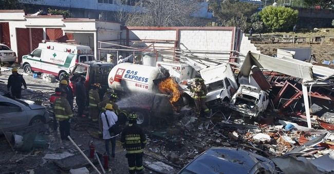 Gas explosion in Mexico caused by worn bolts on gas truck
