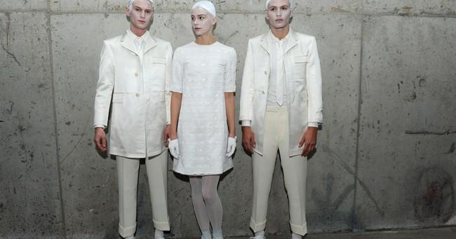 NY Fashion Week: Mourning becomes Browne, Wang mum on Oscars