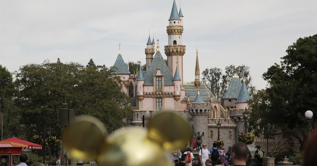 More measles cases tied to Disneyland, Illinois day care