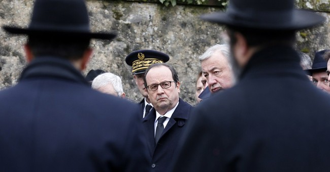 Hollande: Anti-Semitism, anti-Muslim acts threaten France