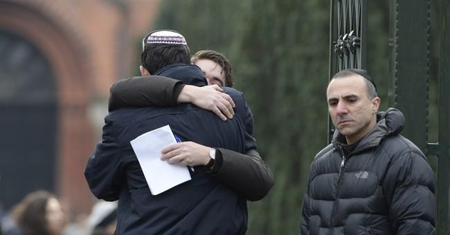 Copenhagen gunman used assault rifle, 2 handguns in attacks