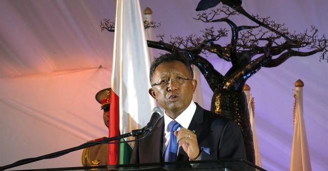 Potholes, blackouts confront Madagascar's president