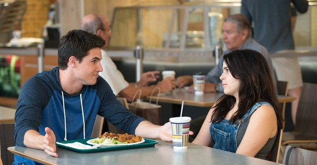 Review: Teen comedy 'DUFF' gives genre a social media spin
