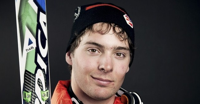 US skiers join in mourning of teammates killed in avalanche